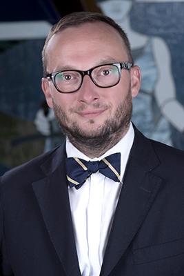 Profesor Zajadło, Kierownik Studiów Doktoranckich